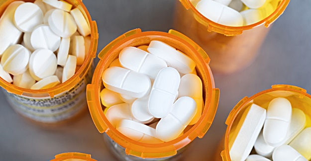 Corticosteroid Adverse Events Risk Increases With Longer Use