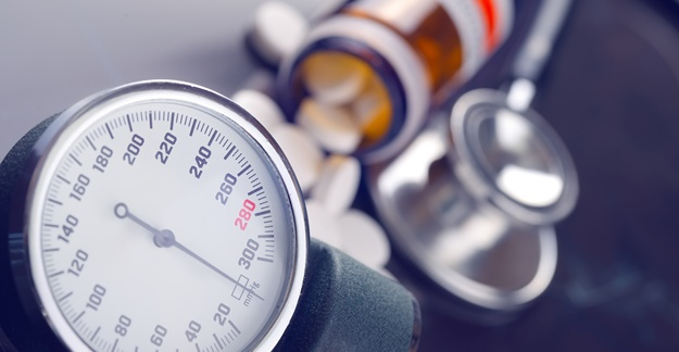 Common Blood Pressure Drugs May Raise Lung Cancer Risk