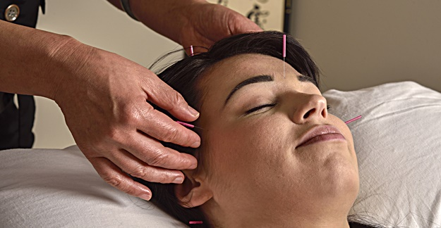Why You Should Consider Acupuncture to Treat Depression