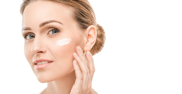 5 Popular Anti-Aging Ingredients: Do They Really Work?