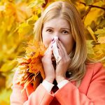 4 Natural Ways to Fight Fall Allergies