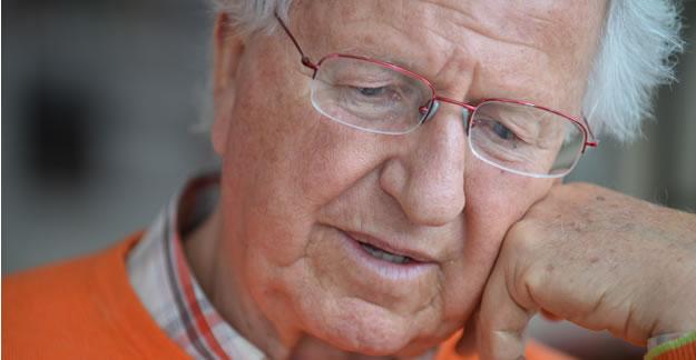 Alzheimer's Drugs: High Risk, Minimal Benefit
