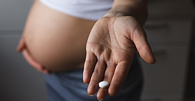 Prenatal Exposure to Tylenol Linked to Toddler Language Issues