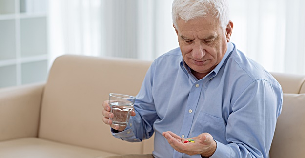 5 Common Drug Classes for Seniors to Avoid