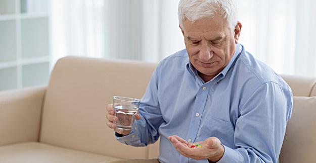 5 Common Drug Classes for Seniors to Avoid
