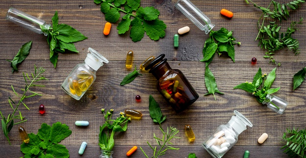 Many Cancer Patients Use Complementary Therapies, But Their Docs Don't Know