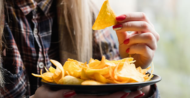 Forget the Munchies: New Study Finds Marijuana Users Weigh Less Than Nonsmokers